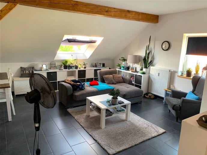 Lassen Sie sich dieses Mehrfamilienhaus mit bis zu vier getrennt nutzbaren WE in Borgholzhausen mit einer Wohnfläche von 230m² nicht entgehen