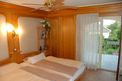 Elternschlafzimmer mit Terassenzugang