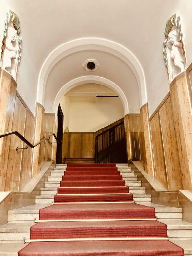 Exklusive, moderne 256qm Altbau-Luxus-Wohnung auf 2 Etagen