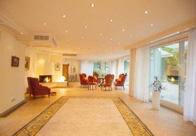 Salon, Eßzimmer und Tanzsaal
