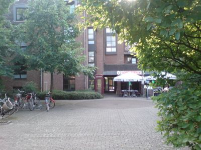 Stilvolle, gepflegte 1,5-Zimmer-Maisonette-Wohnung mit EBK in Düsseldorf