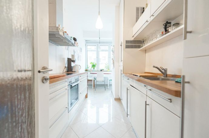 Sanierte 3-Raum-Wohnung mit EBK im Herzen von Stuttgart West