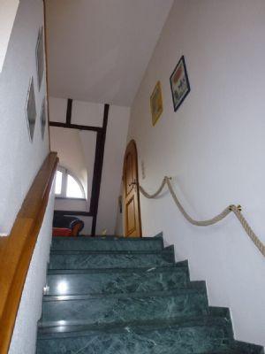 Marmortreppe zur Galerie