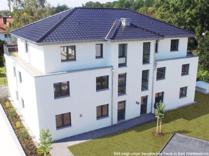 Neubau Erstbezug - KFW 55 Niedrigenergiehaus - 2-Zimmer OG-Wohnung mit 86 m² nur 500 m zur Einkaufs