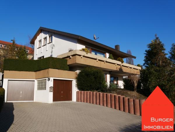 Lage, Lage, Lage und dazu viel Platz - Wunderschönes EFH mit ELW, großer Garage und Garten in Ötisheim