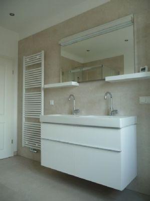 Badezimmer linke Seite