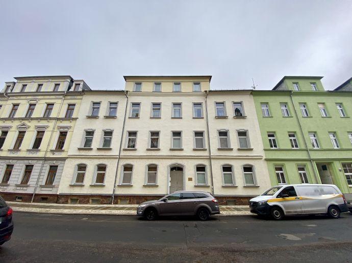 Vermietetes renovierungsbedürftiges Mehrfamilienhaus