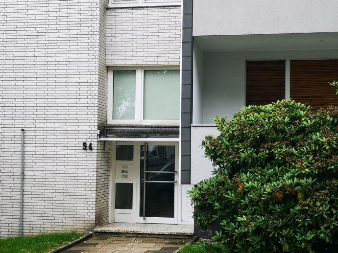 Bredeney - gemütliche 1 Raum Wohnung MIT BALKON!! in ruhiger und grüner Lage