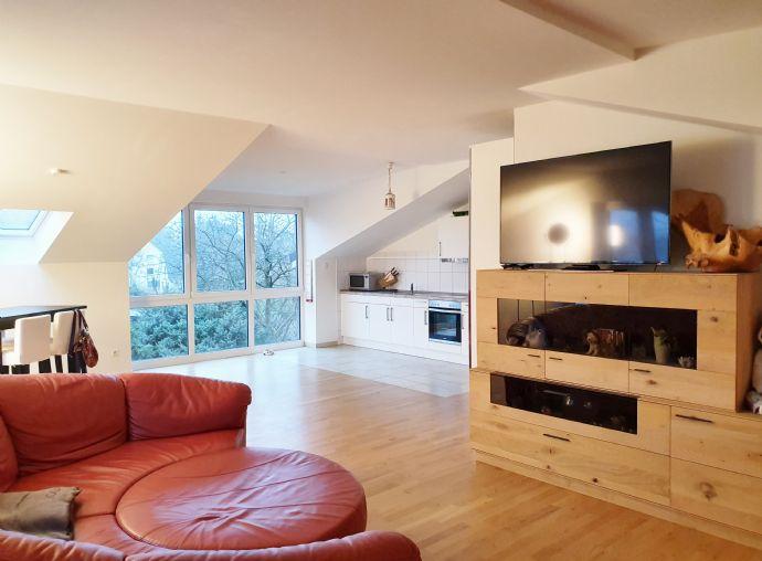 Großzügige 3-Zimmer mit Balkon in Schenefeld