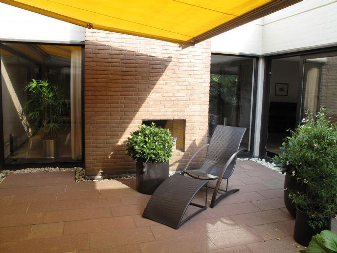 Königsdorf: Elegantes Haus im Haus mit 256qm eigenem Garten