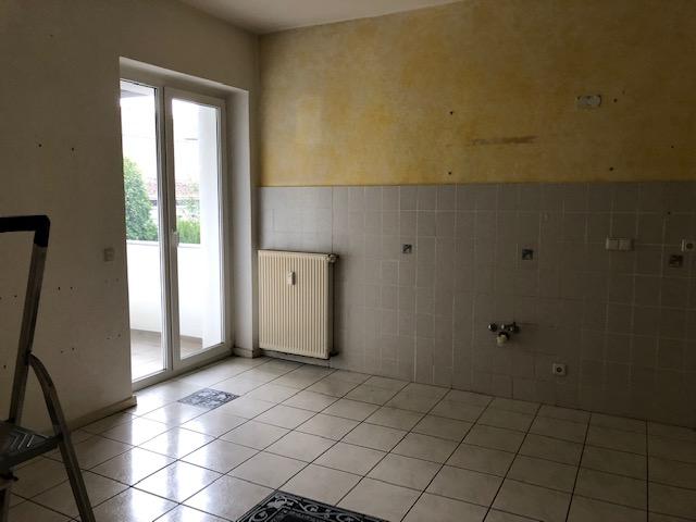 Gemütliche 2 Zimmer-Wohnung mit Balkon in 1A-Lage sucht Nachmieter