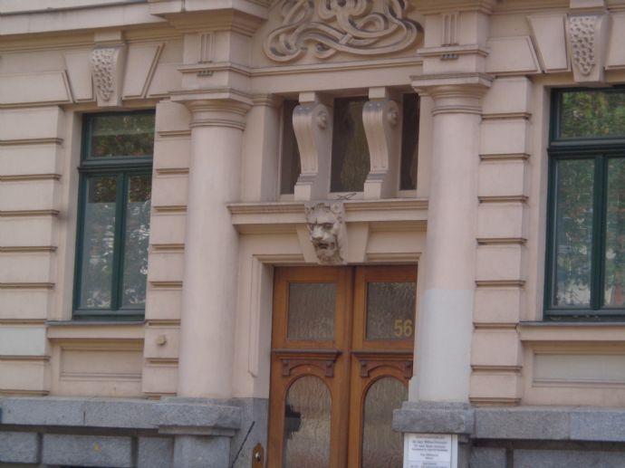 exkl. 5 Zimmerwohnung in der Südvorstadt Stuck,Parkett,gr.Balkon,Erker,Wohnküche,Lift;GästeWC