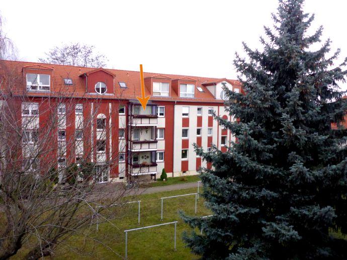 Gepflegte 2-Zimmer-Eigentumswohnung mit Wintergartenbalkon!