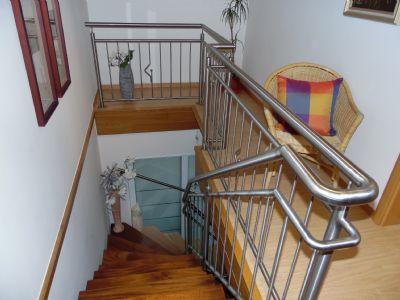 Hochwertiges, modernes Treppenhaus