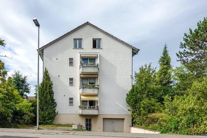 Mehrfamilienhaus mit 5 Wohneinheiten & 2 Garagen