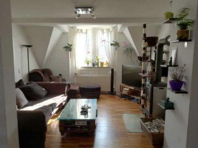 Exklusive 4-Zimmer-Maisonette-Wohnung mit EBK, Dachterrasse, Sauna und Kamin