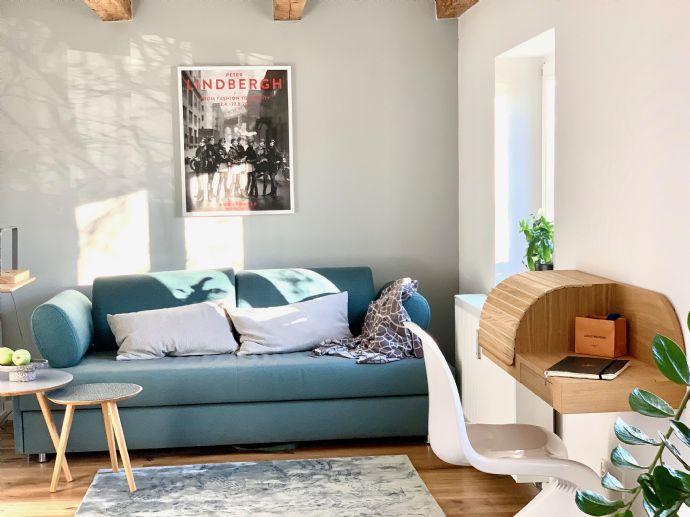 Sonniges Business-Apartment mit hochwertiger Möblierung im Zentrum von Planegg