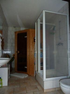 Duschbad mit Sauna im ehemaligen Stallgebäude - Ko