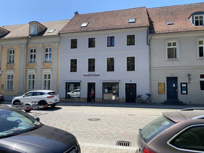 2-Raum Wohnung mit Einbauküche im Zentrum der Altstadt