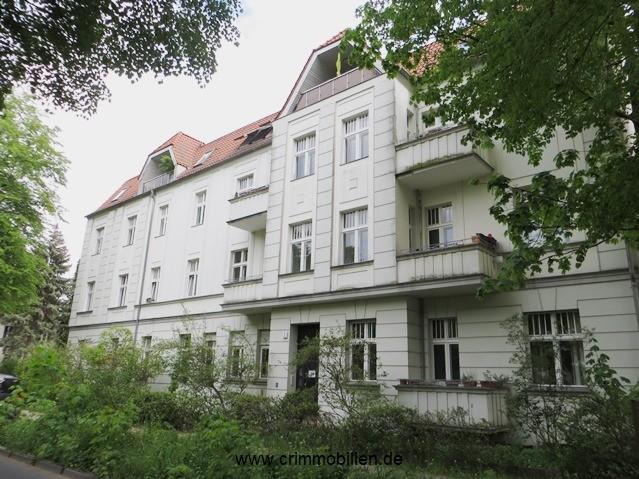Schicke DG-Wohnung als Kapitalanlage am Herthaplatz