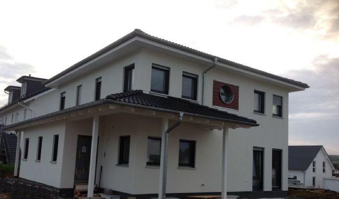 Provisionsfrei: Großzügige Stadtvilla für Familie in Allendorf