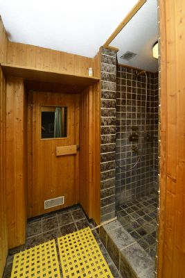 Untergeschoss, Sauna