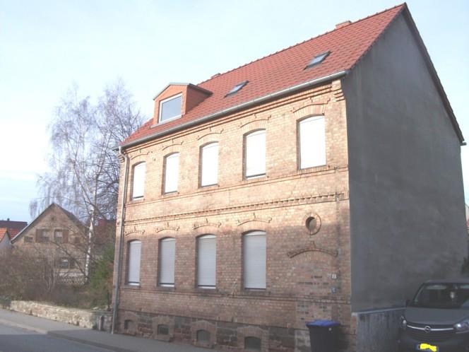 Einfamilienhaus (Zweifamilienhaus) in Erdeborn