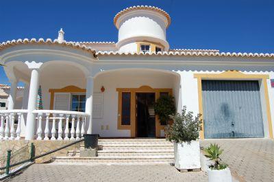 Villa Daniel-Ferienhaus für 8 Personen