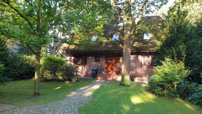 Haus auf 1555.0 m² Grundstücksfläche in Barum
