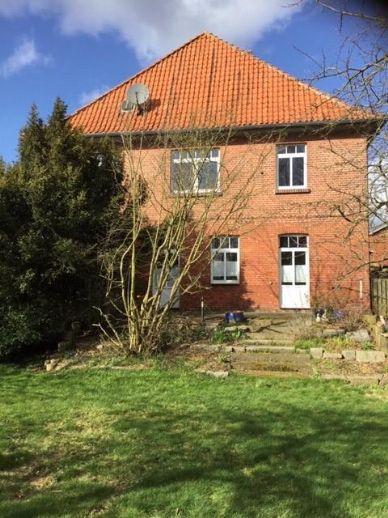 Solides und großräumiges Mehrfamilienhaus in Hanstedt zu verkaufen!