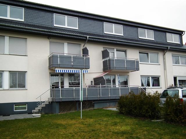 Moderne WG geeignete Wohnung im Dachgeschoss