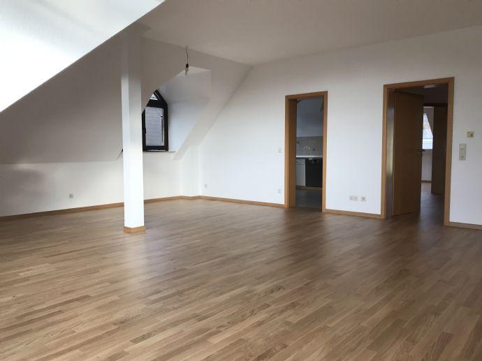 Exklusive 3 Zimmer Wohnung im Herzen von Vallendar!