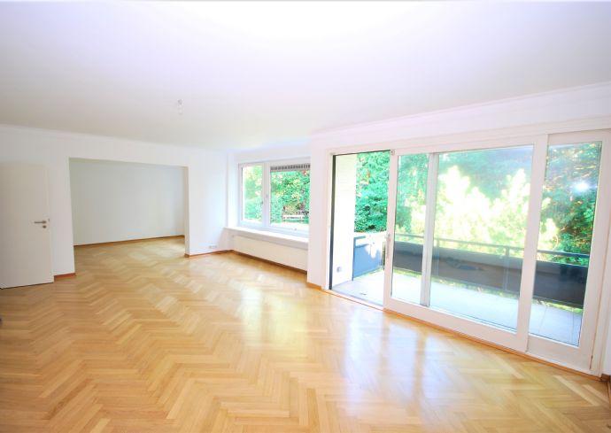 Großzügige 3 - 4 Zimmer-Wohnung in Toplage von Othmarschen