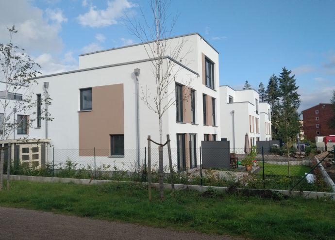 Bezugsfertig November 2019 ! SCHLÜSSELFERTIGE Doppelhaushälfte mit hohem Wohnkomfort auf 2 Etagen