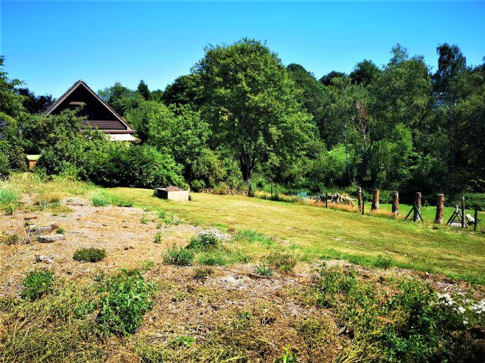 V E R K A U F T !!! Sonniges Grundstück für Ihr individuelles, neues Zuhause !