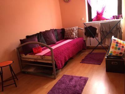eigentumswohnung und gewerbefl che mit 2 garagen zu verkaufen wohnung n rnberg 2d2bb4h. Black Bedroom Furniture Sets. Home Design Ideas