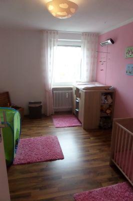 sch ne 3 zimmer eigentumswohnung in ruhiger lage etagenwohnung landshut isar 2c8xf46. Black Bedroom Furniture Sets. Home Design Ideas