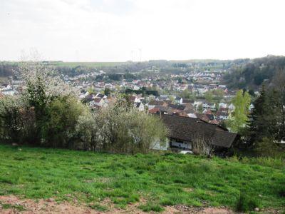 Grundstück mit herrlichem Blick Richtung Süden