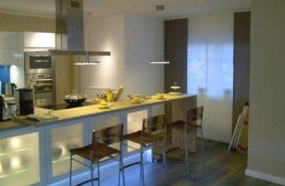 klare linien mediterraner charme einfamilienhaus. Black Bedroom Furniture Sets. Home Design Ideas