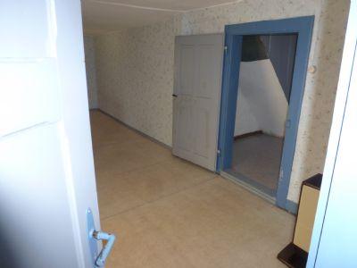 Zimmer 2 OG, Blick in die Diele