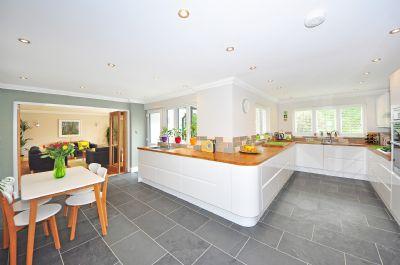 Beispiel : Küche-Essbereich