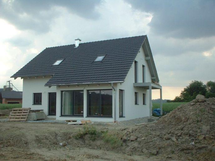 Haus mit 120 qm WNFl. incl Traumgrundstück in Spalt- Wernfels ...