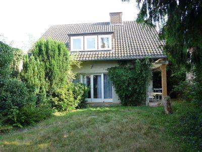 wohnhaus mit anbau und garage einfamilienhaus schwalmstadt ziegenhain 2b6zu4f. Black Bedroom Furniture Sets. Home Design Ideas