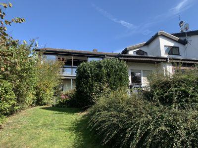 Einfamilienhaus mit Einliegerwohnung, Doppelgarage + Stellplatz in sehr guter Wohnlage von Meinerzhagen