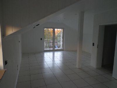 Vorderer Teil des Schlafzimmers mit Balkon