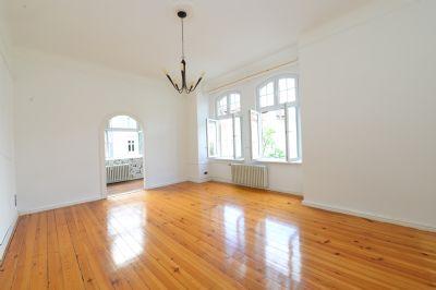 sch ne gro e 5 zimmer altbau wohnung in spandau wohnung berlin 2b6ak4m. Black Bedroom Furniture Sets. Home Design Ideas