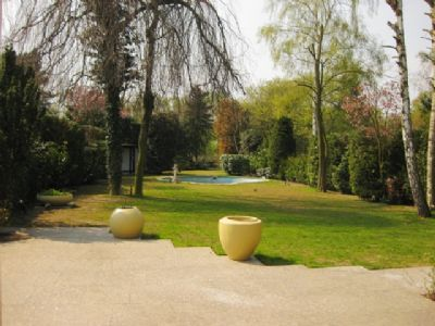 Garten und Swimmingpool