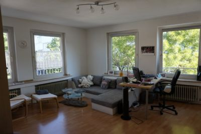 Zentrale, helle, möblierte 2-Zimmer-Wohnung in Aachen