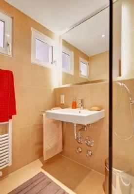 wohnung mit 2 zimmer wohngemeinschaft stuttgart 2a7pt4p. Black Bedroom Furniture Sets. Home Design Ideas
