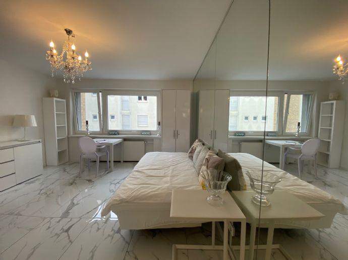 1-Zi.-Luxus-Appartement mit Komplettmöblierung - Köln-Zentrum